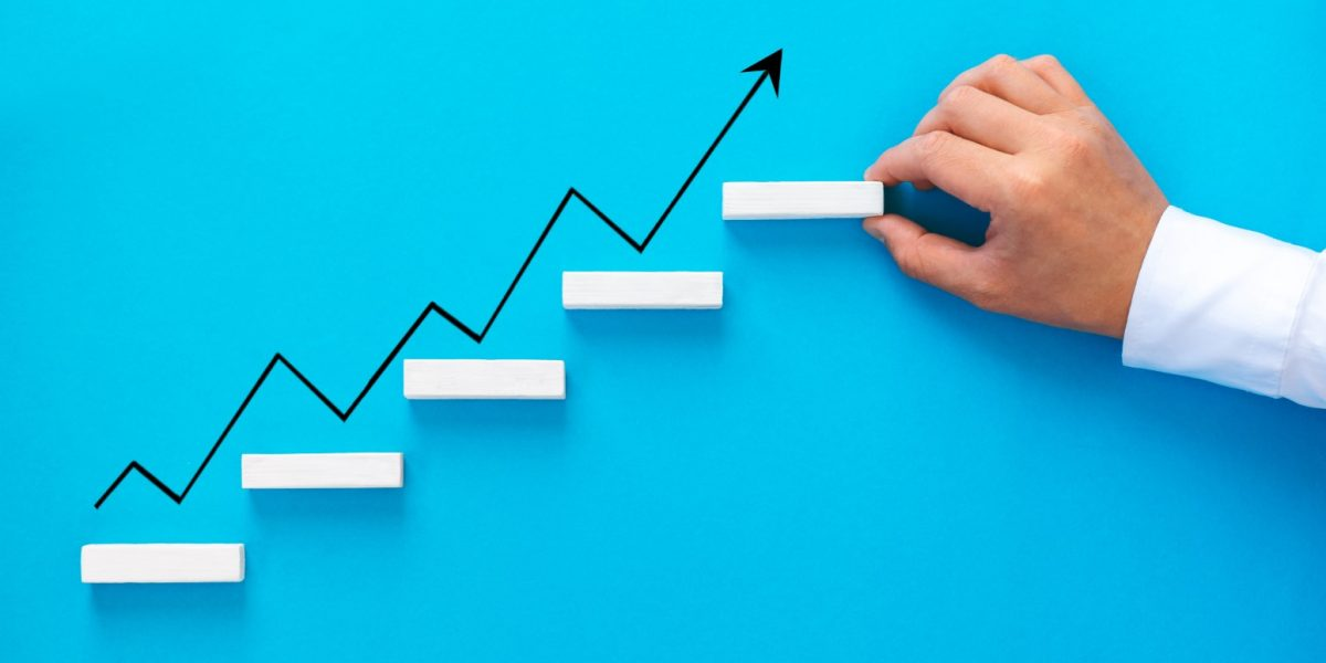 growth-business-performance-chart-success-development-achievement-analysis-arrow-benefit-businessman_t20_lLGNyw (Large)